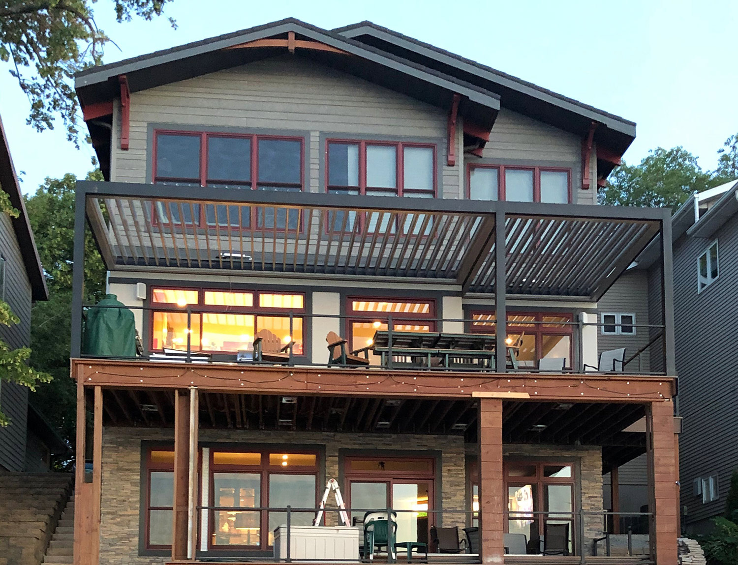 craftsman-waterfront-louvered-roof-and-automated-pergolas